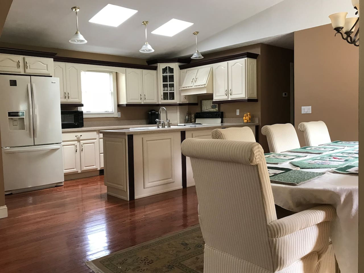 Bridge Day Getaway - Large open concept kitchen, dining, and living room