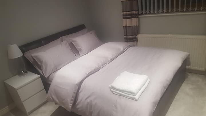 Nice and comfy double bedroom near city centre