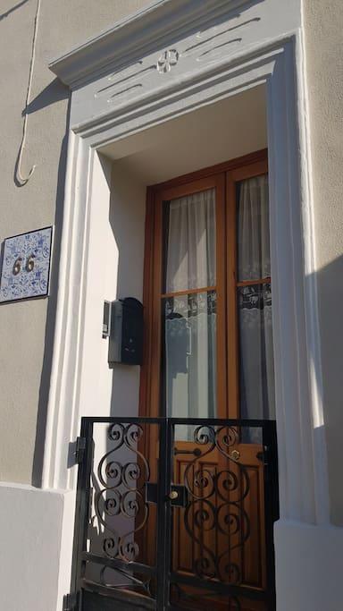 Porta d ingresso Kastris 66