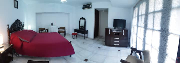 2 rooms in a comfortable house, great location