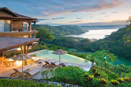 Luxury Living at Peninsula Papagayo Vista Hermosa - Guanacaste