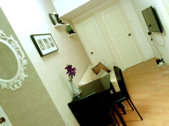 GREAT DEAL En-suite Room in Wan Chai!