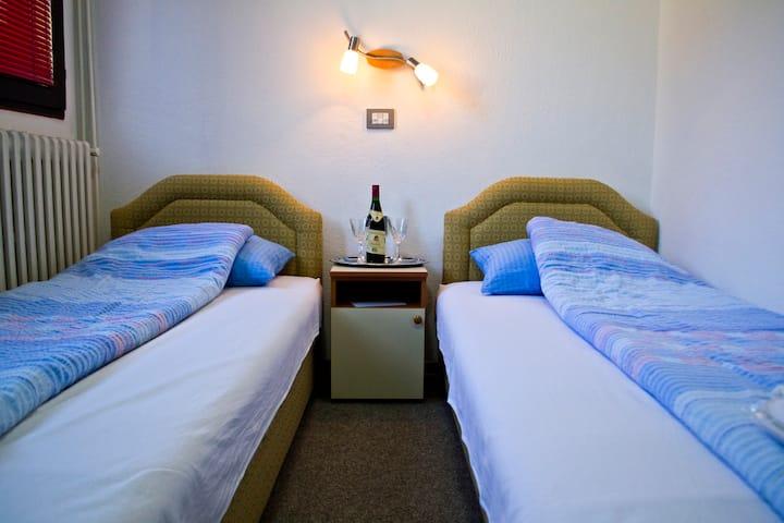 Apartmani Redzo - Twin Room