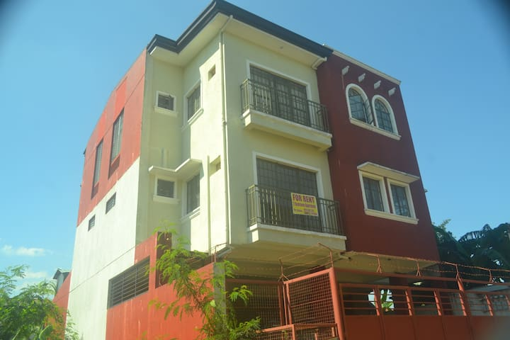 2 Bedroom Apartment for rent-63 sqm - Cainta - Huoneisto