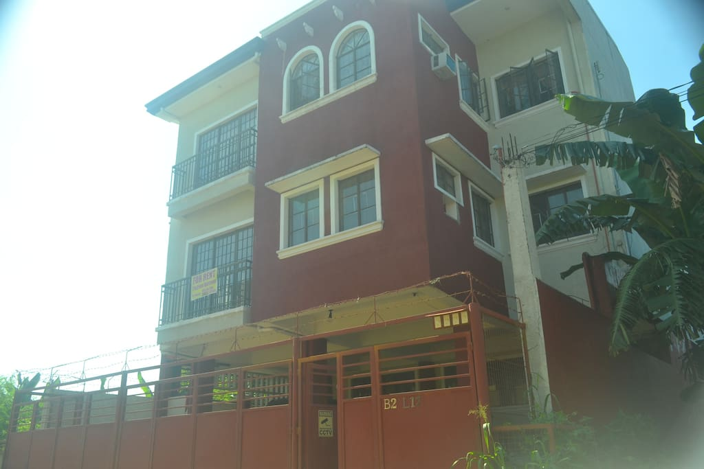 3-Storey Apartment