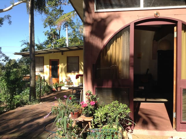 2 bedrooms Country cottage  Mullum  - Mullumbimby Creek - Rumah