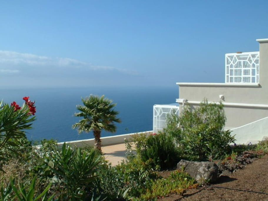 Designer Appartment With Pool 2 Flats For Rent In Puntallana Canarias Spain