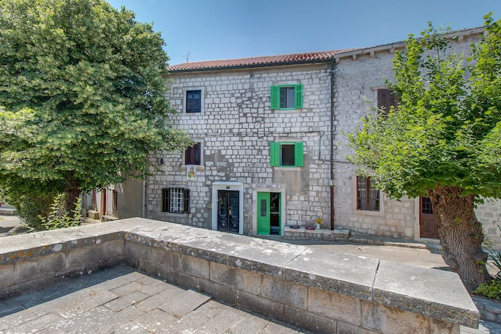 15th Century House in Osor