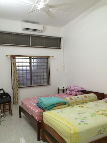 IPOH FRONT ROOM near AEON & TESCO - Ipoh - บ้าน