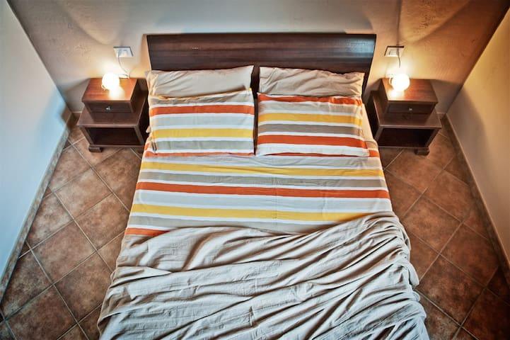 """B & B Toca` la Louna, room """"Cisa"""". - Vodnjan - Bed & Breakfast"""