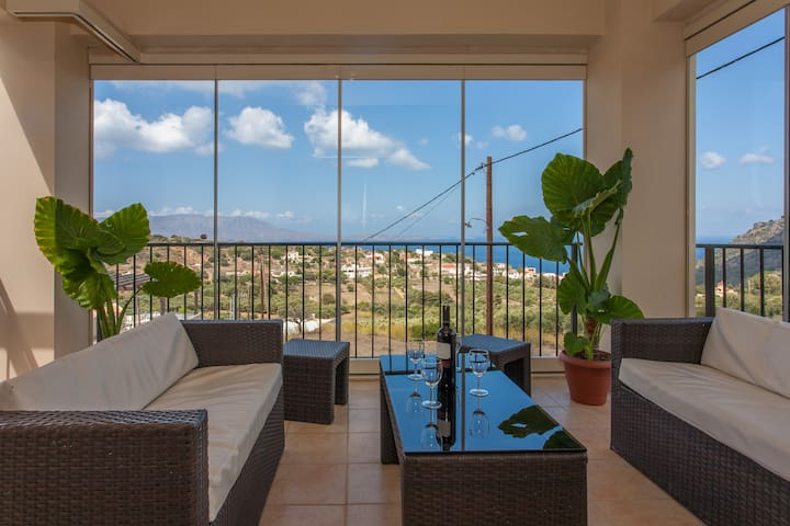 Ya Hara! Spacious Home w/Sea View, Garden & Pool - Ravdoucha / Chania - House