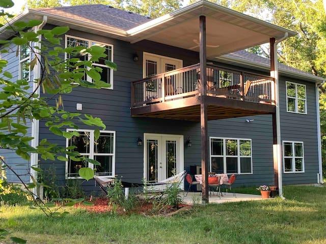 Woodland Fox Retreat