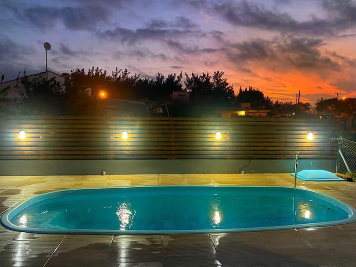 Casa maravilhosa com Piscina , split em Xangri-lá