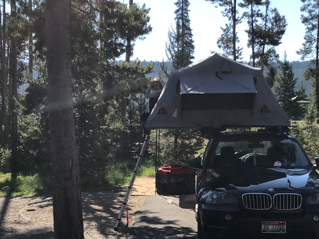 BMW with roof top tent (Tepui)