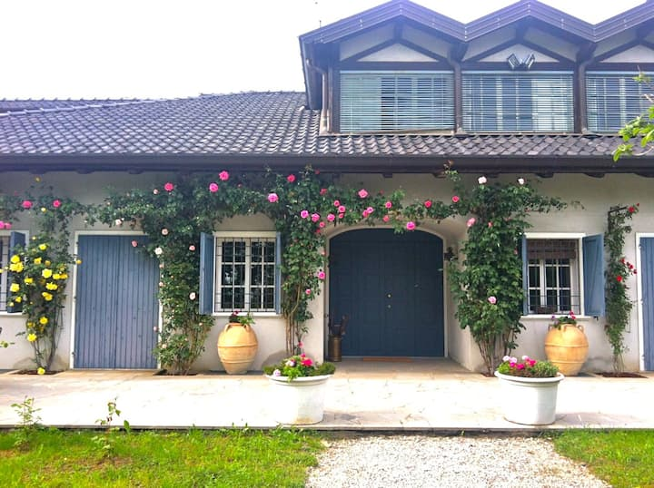 Charming suite in countryside villa - Le Ortensie