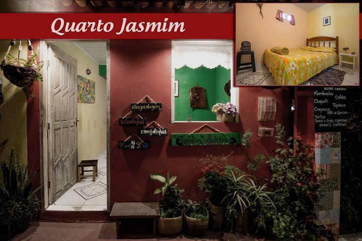 Hospedagem O Jardim - Qto Jasmim (Privado)