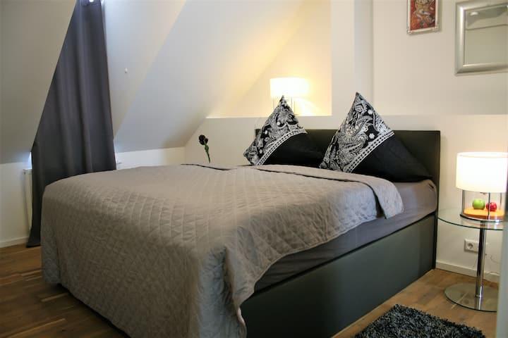 NEU! Luxus-Apartment, Fußgängerzone B-Baden, 120qm