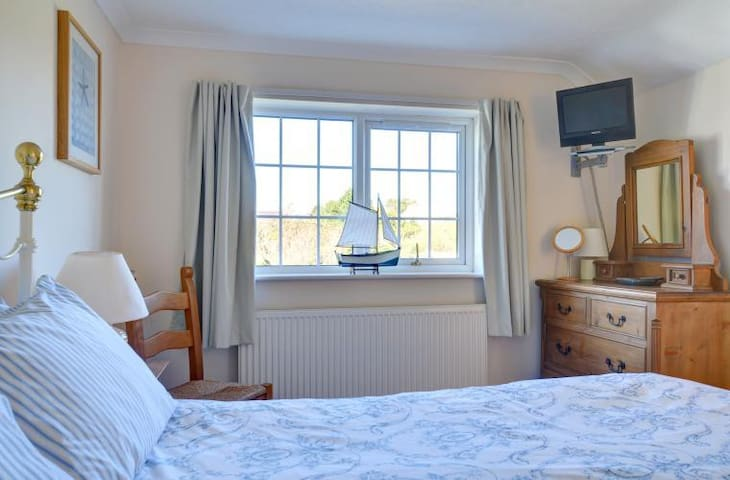 Spacious king size double room