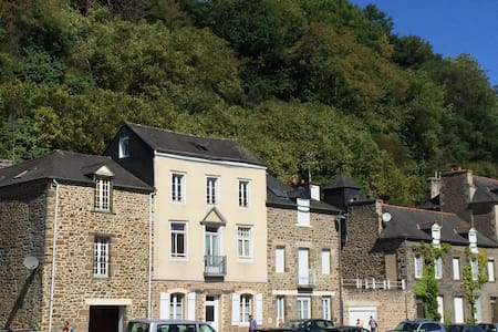 Riverside Apartment in Dinan - Dinan