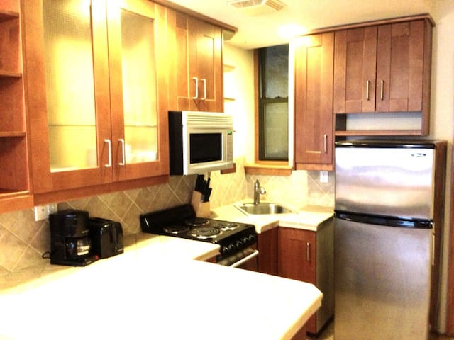 W80's Renovated with Chef's Kitchen