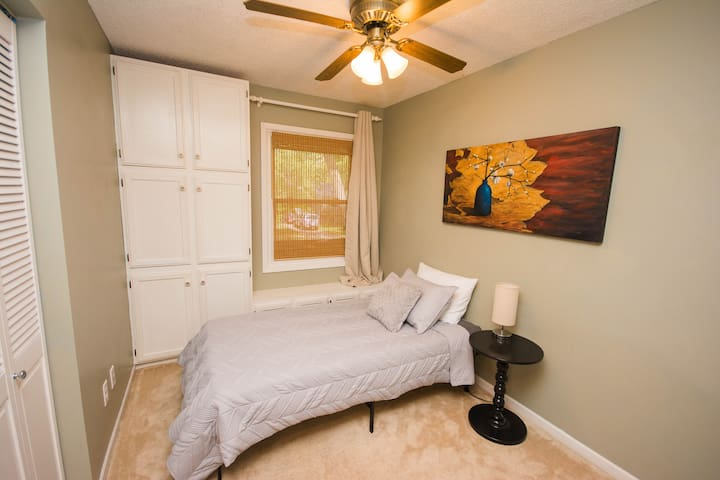 Bedroom 3 has a queen bed (shown with twin in picture) and blackout curtain