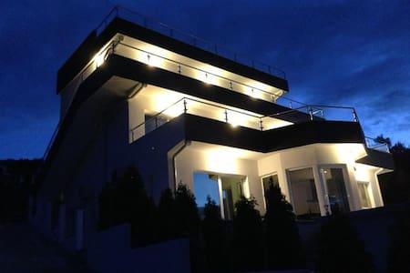 Vila Palmera Krasici 4 - Krašići - Apartmen