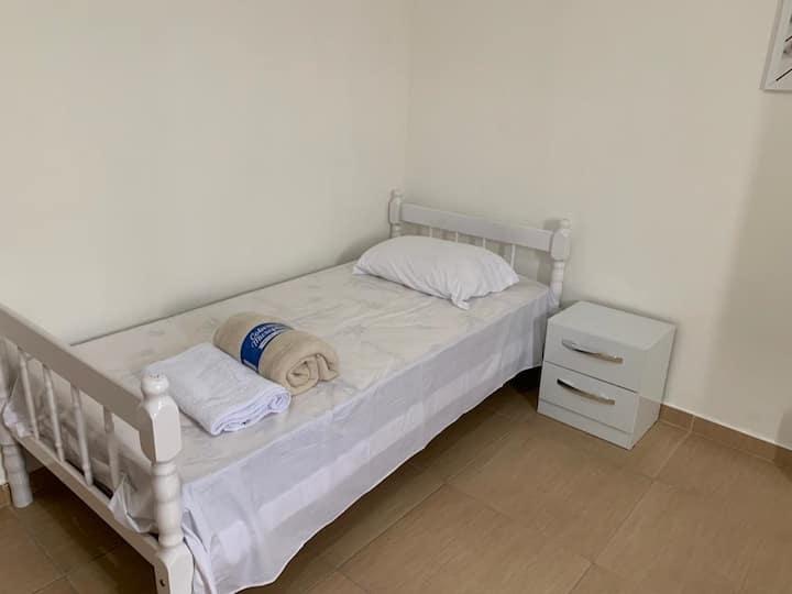Individual Bedroom - Center of Penha