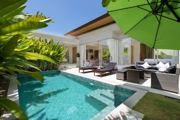 3BR Villa with Private Pool and Cosy Lounge Area