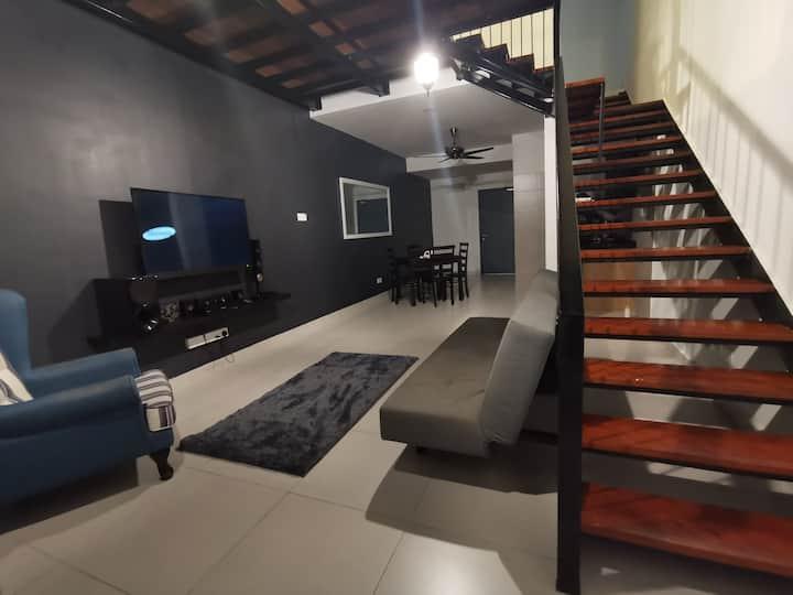 Lake view - Duplex Apartment Cyberjaya