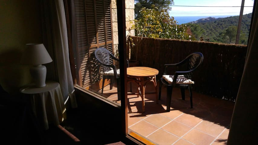 Small apartment in Begur - Begur  - Hus