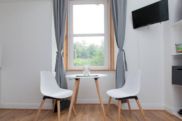 Charming & Comfortable Studio Flat in Edinburgh!