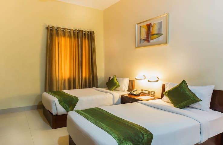 Stay in modern rooms in HITEC city - Hyderabad - Bed & Breakfast
