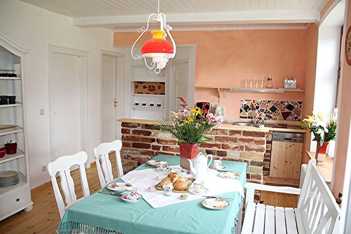 """Ferienwohnung """"Iris"""" in Ostseenähe - Wagersrott - Apartment"""