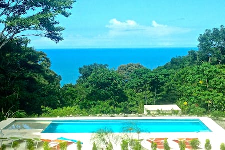 Romantic Getaway - AMOR Suite @ TLC - Dominical