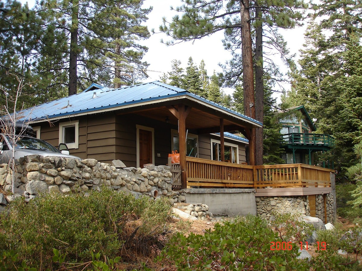 Cozy Meeks Bay Cottage   Houses For Rent In Meeks Bay, California, United  States