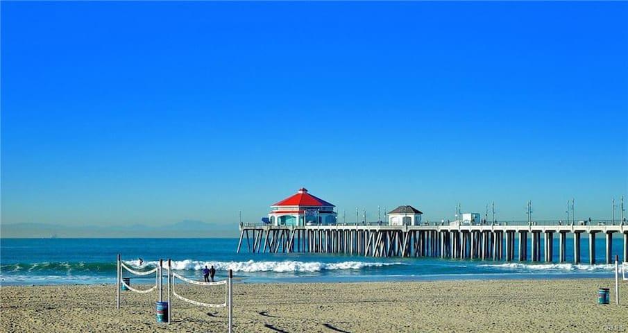 Beautiful sandy beaches, Huntington Beach Main Street and Pier are just a short drive away.
