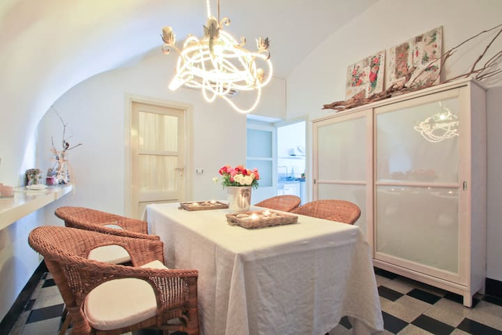 Typical Flat 50mt from the sea - Finale Ligure - Apartemen