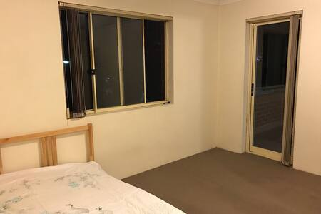 Lovely double-bedroom in Kingsford - 金斯福德(Kingsford) - 公寓