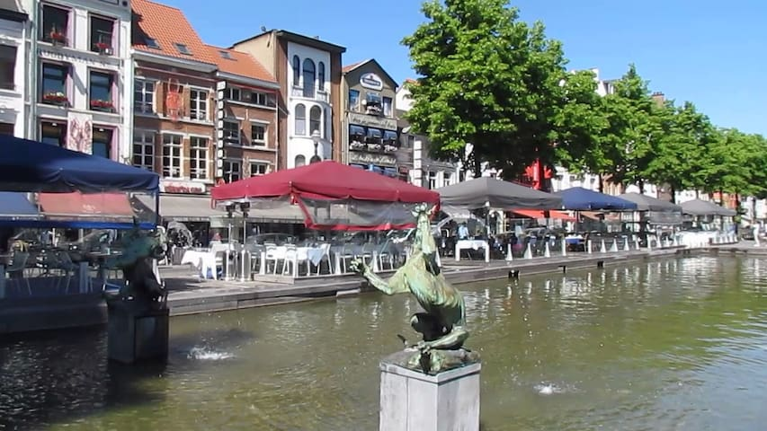 The fish market, its ponds and restaurants, in front of your studio