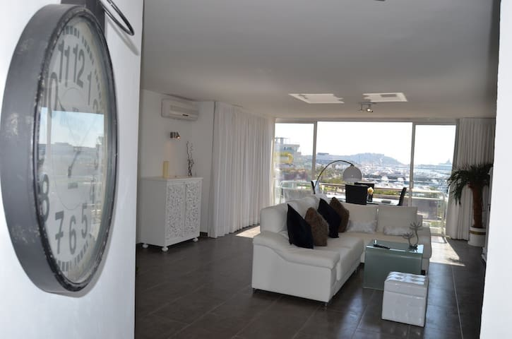 Penthouse Apartment  Botafoc Ibiza - Ibiza - Wohnung
