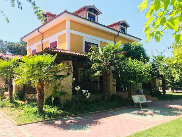 Casa Rural Santirso