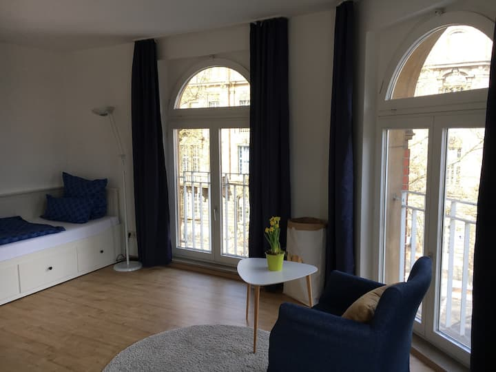 Cosy apartment close to University