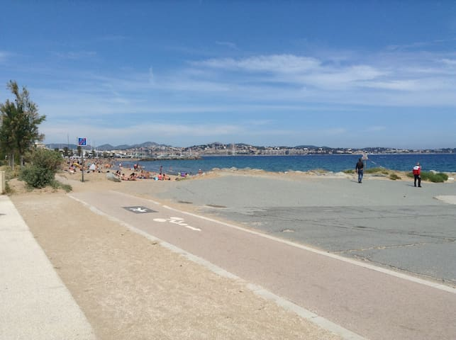 Appt 2 pièces à 50 m de la plage - Capitole Fréjus - Fréjus - อพาร์ทเมนท์