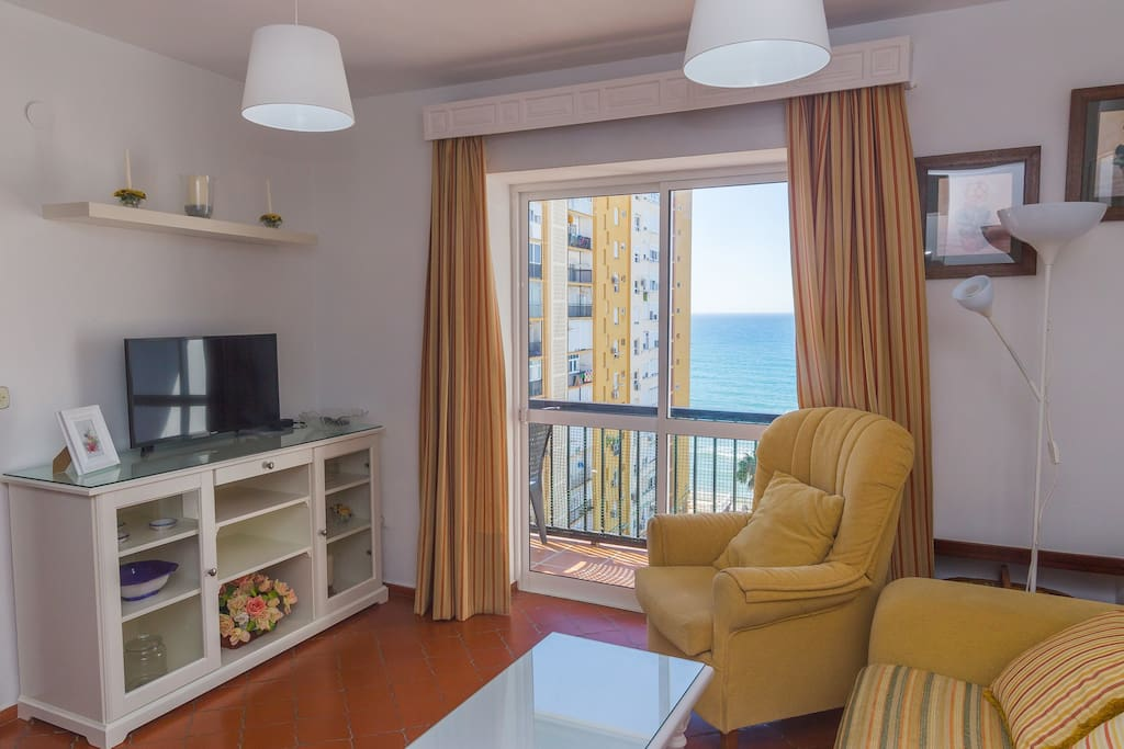The balcony offers nice ocean views, there are more pictures ahead