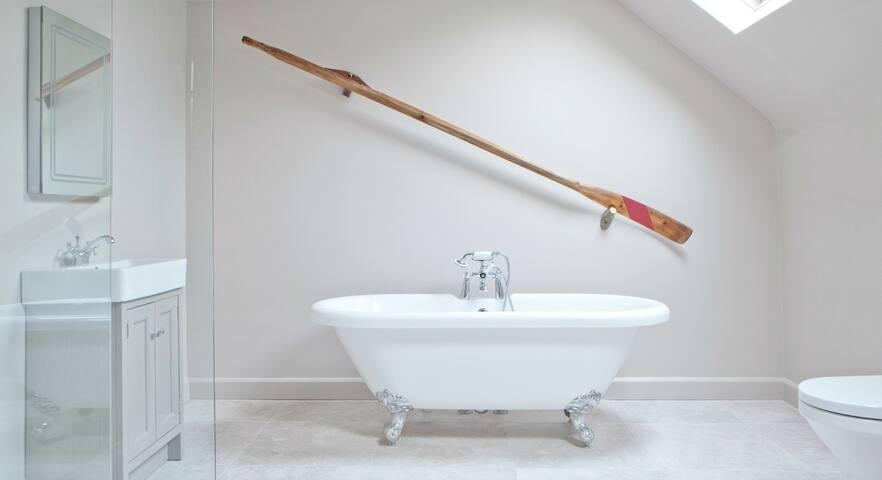 Luxury Suite Room - Enniskillen