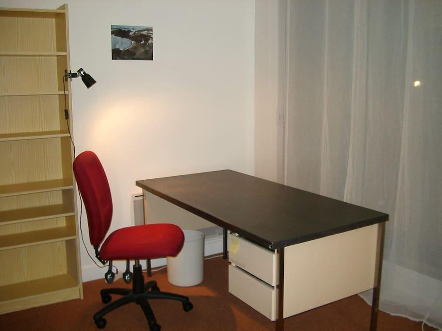 Grand bureau - Large desk