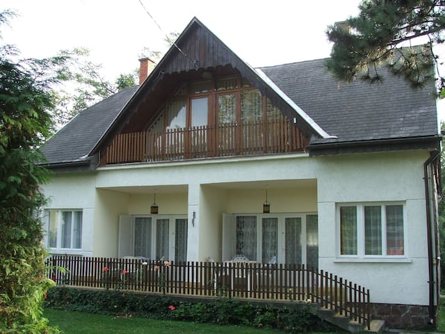 Whole Apt. house near to Balaton - Balatonalmádi - Wohnung