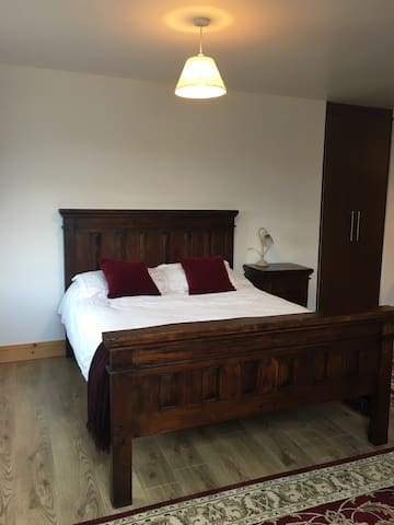 Luxurious King ensuite Tralee, Co.Kerry - Tralee  - Ev