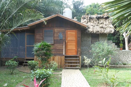 Yoga Retreat Exotic Riverfront Jungle Setting - Santa Elena - Domek parterowy