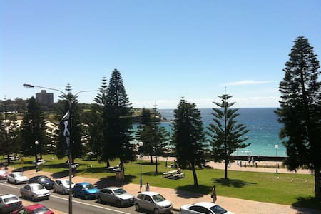 By the seaside…….. - Coogee